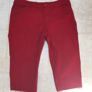 St. John's Bay red Capri pant size 14